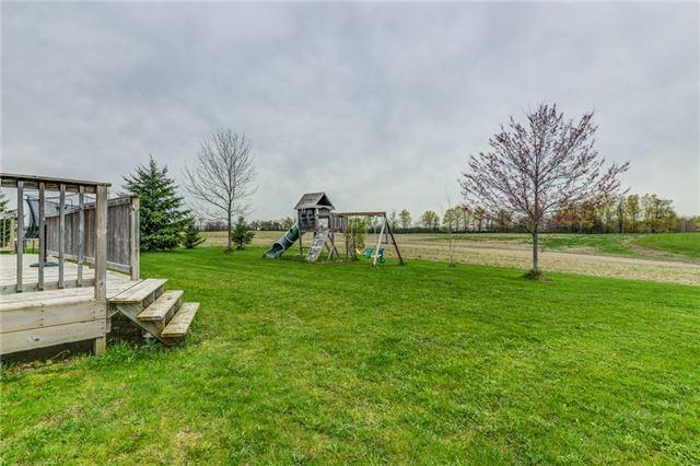 Detached at 4954 Boston Mills Rd, Caledon, Ontario. Image 11