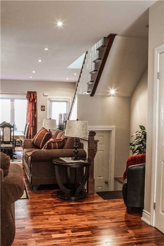 Detached at 536 Silverthorn Ave, Toronto, Ontario. Image 15