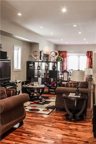 Detached at 536 Silverthorn Ave, Toronto, Ontario. Image 16