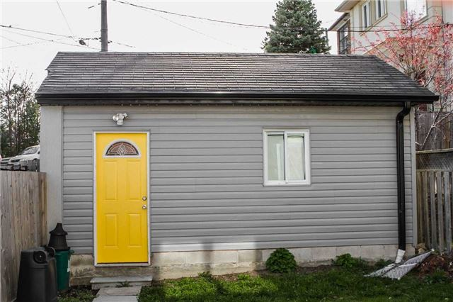 Detached at 536 Silverthorn Ave, Toronto, Ontario. Image 13