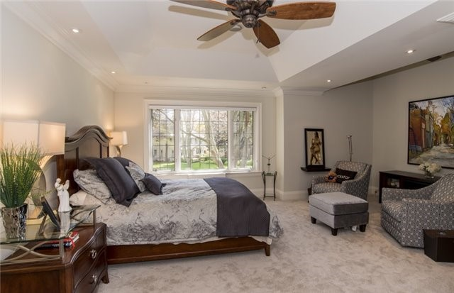 Detached at 125 The Kingsway, Toronto, Ontario. Image 3