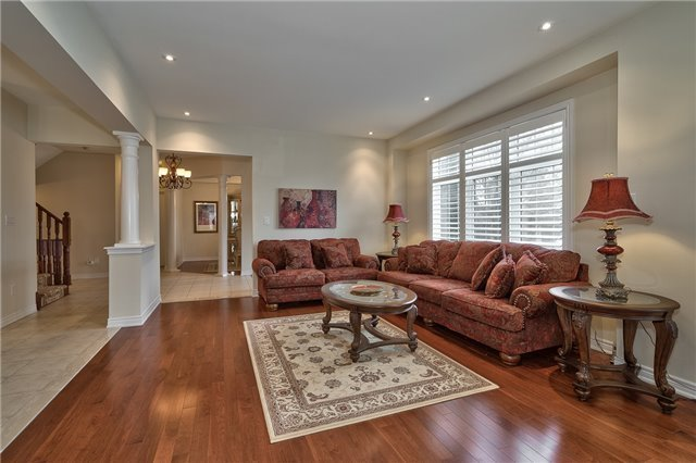 Townhouse at 2430 Presquile Dr, Oakville, Ontario. Image 18