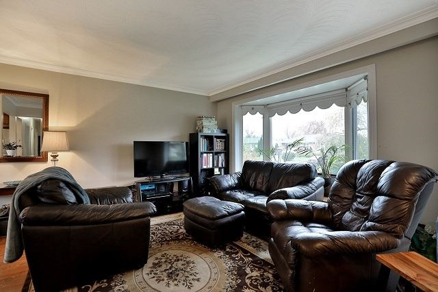 Detached at 522 Trudale Crt, Oakville, Ontario. Image 16
