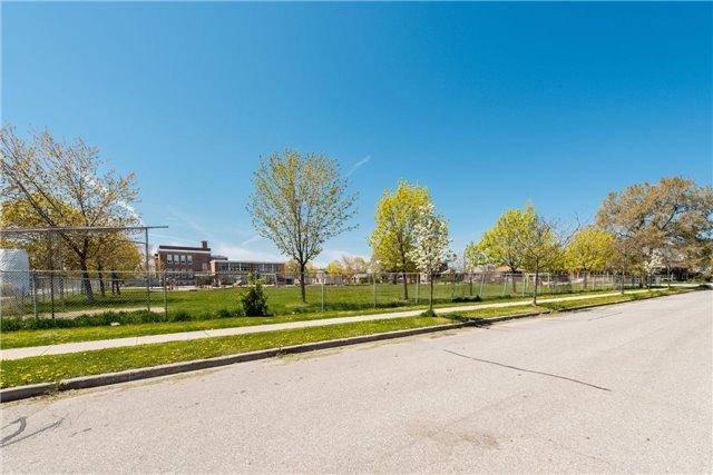 Multiplex at 31 Wesley St, Toronto, Ontario. Image 5