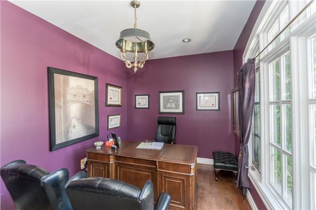 Detached at 1278 Birchview Dr, Mississauga, Ontario. Image 5