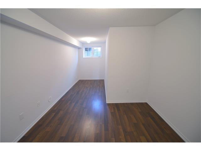 Condo Apartment at 2496 Post Rd, Unit 22, Oakville, Ontario. Image 6