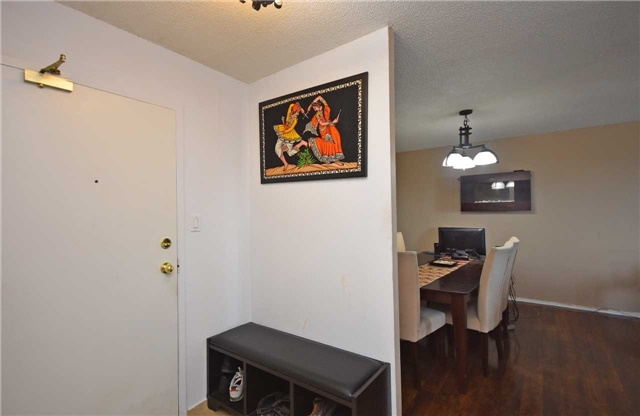 Condo Apartment at 350 Webb Dr, Unit 1206, Mississauga, Ontario. Image 17