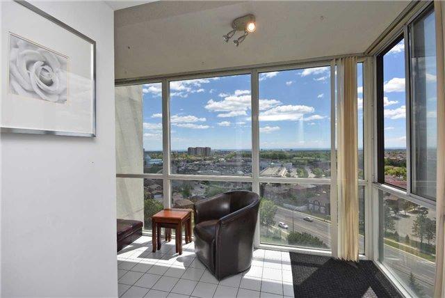 Condo Apartment at 350 Webb Dr, Unit 1206, Mississauga, Ontario. Image 5