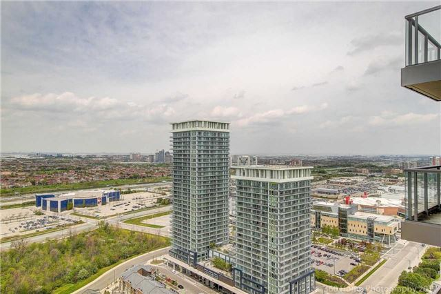 Condo Apartment at 388 Prince Of Wales Dr, Unit 2806, Mississauga, Ontario. Image 5