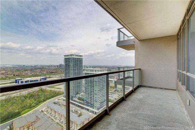 Condo Apartment at 388 Prince Of Wales Dr, Unit 2806, Mississauga, Ontario. Image 3