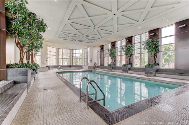 Condo Apartment at 388 Prince Of Wales Dr, Unit 2806, Mississauga, Ontario. Image 10