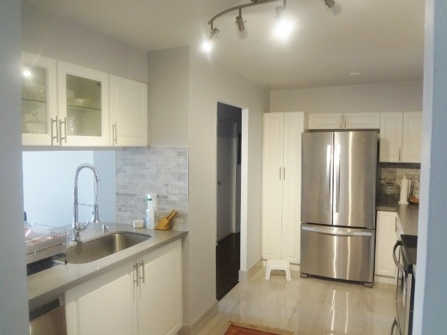 Condo Apartment at 236 Albion Rd, Unit 805, Toronto, Ontario. Image 10