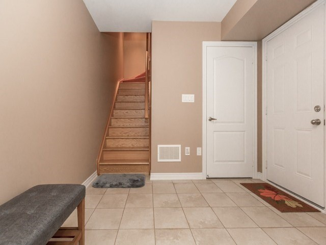Townhouse at 2435 Greenwich Dr, Unit 49, Oakville, Ontario. Image 11