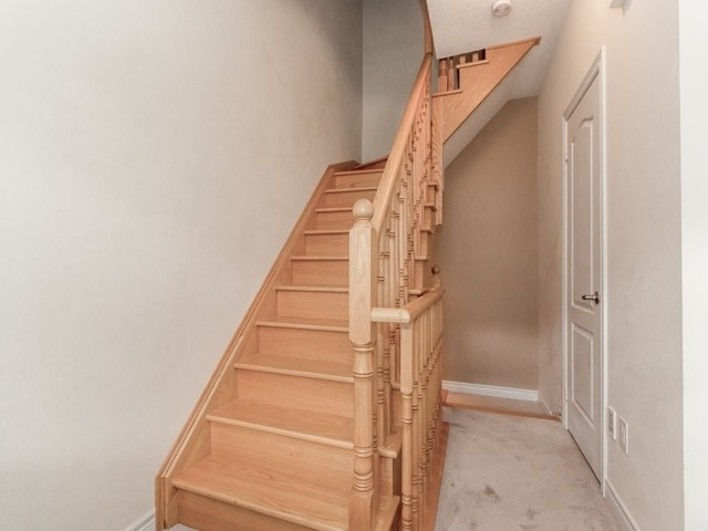 Townhouse at 2435 Greenwich Dr, Unit 49, Oakville, Ontario. Image 4