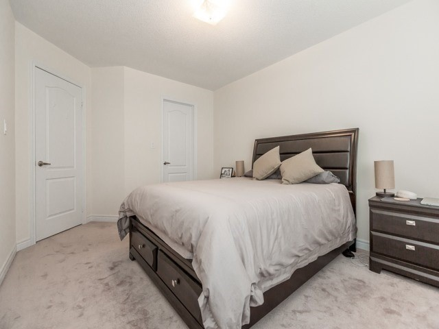 Townhouse at 2435 Greenwich Dr, Unit 49, Oakville, Ontario. Image 5