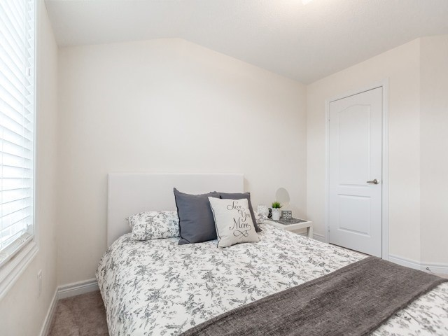 Townhouse at 2435 Greenwich Dr, Unit 49, Oakville, Ontario. Image 7