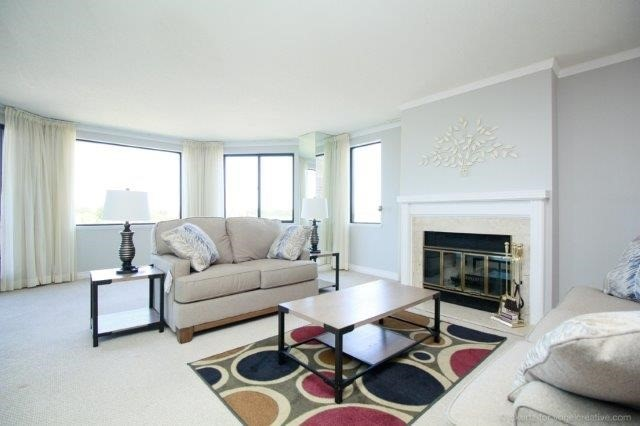 Condo With Common Elements at 100 Lakeshore Rd E, Unit 1004, Oakville, Ontario. Image 14