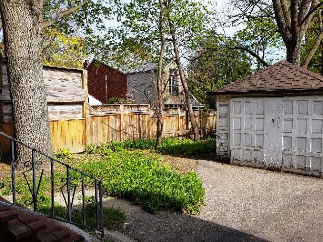 Detached at 105 Colbeck St, Toronto, Ontario. Image 3