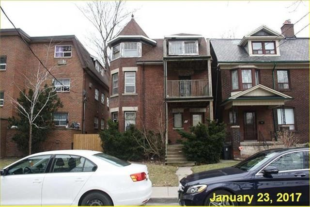 Detached at 66 Triller Ave, Toronto, Ontario. Image 2