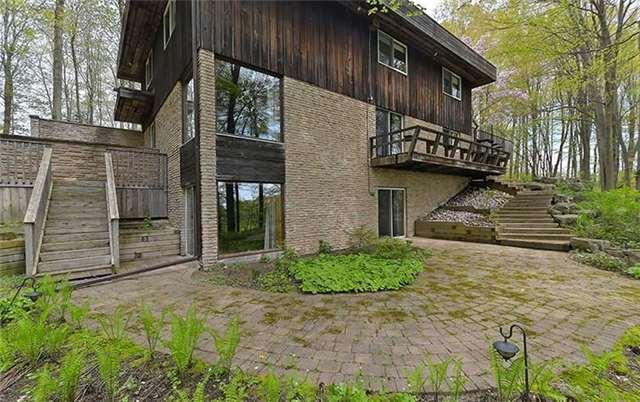 Rural Residence at 10193 Old Church Rd, Caledon, Ontario. Image 9