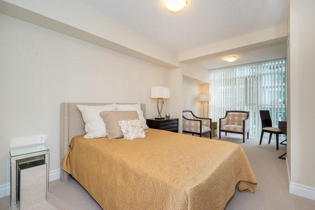 Condo Apartment at 3 Marine Parade Dr, Unit 501, Toronto, Ontario. Image 4