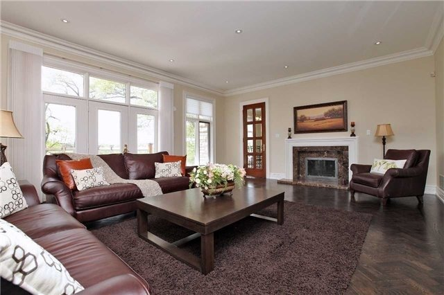 Detached at 1016 Mississauga Heights Dr, Mississauga, Ontario. Image 15