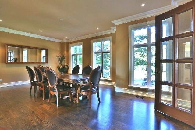 Detached at 1016 Mississauga Heights Dr, Mississauga, Ontario. Image 17