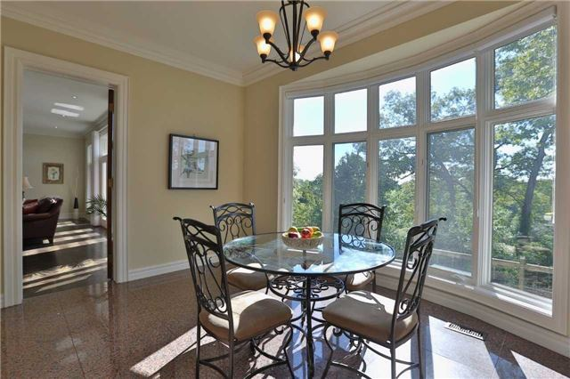 Detached at 1016 Mississauga Heights Dr, Mississauga, Ontario. Image 19