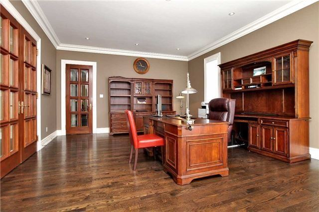 Detached at 1016 Mississauga Heights Dr, Mississauga, Ontario. Image 20