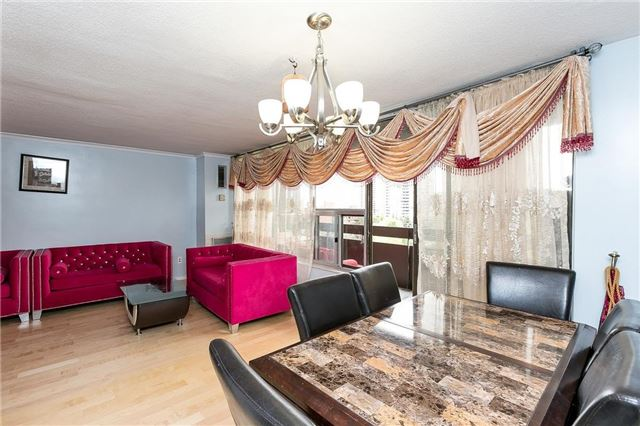 Condo Apartment at 11 Wincott Dr, Unit 810, Toronto, Ontario. Image 17