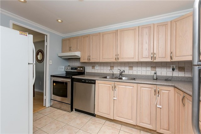 Condo Apartment at 11 Wincott Dr, Unit 810, Toronto, Ontario. Image 19
