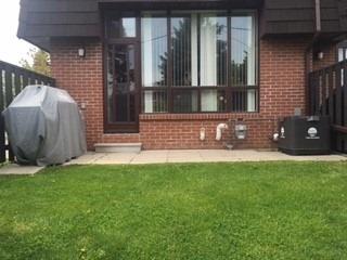 Condo Townhouse at 120 Darras Crt, Brampton, Ontario. Image 1