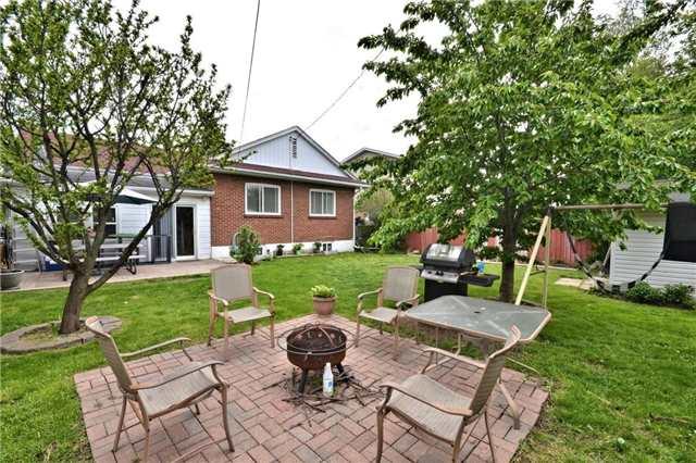 Detached at 96 Harold St, Brampton, Ontario. Image 11