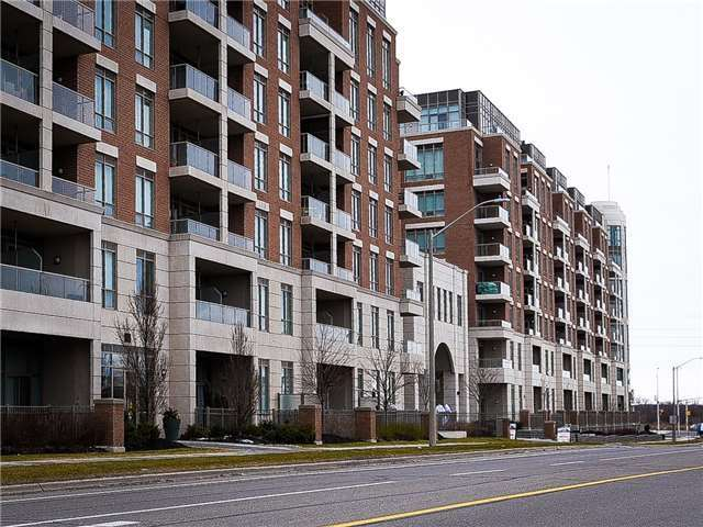 Condo Apartment at 2480 Prince Michael Dr, Unit 621, Oakville, Ontario. Image 1