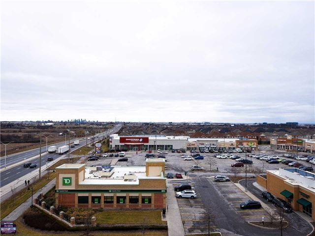 Condo Apartment at 2480 Prince Michael Dr, Unit 621, Oakville, Ontario. Image 18