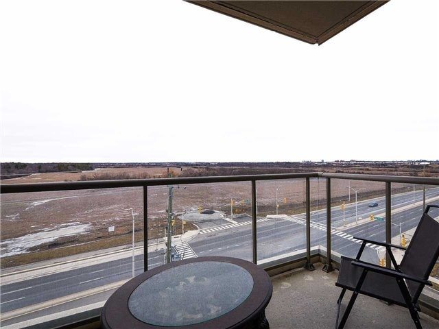 Condo Apartment at 2480 Prince Michael Dr, Unit 621, Oakville, Ontario. Image 5