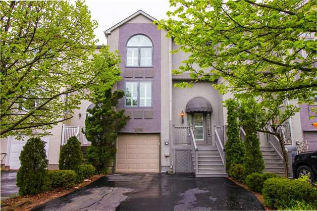 Townhouse at 1502 Litchfield Rd, Oakville, Ontario. Image 1