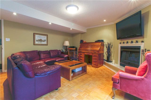 Townhouse at 1502 Litchfield Rd, Oakville, Ontario. Image 8
