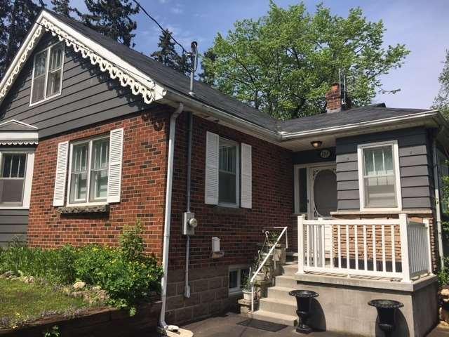 Detached at 2169 Ghent Ave, Burlington, Ontario. Image 9