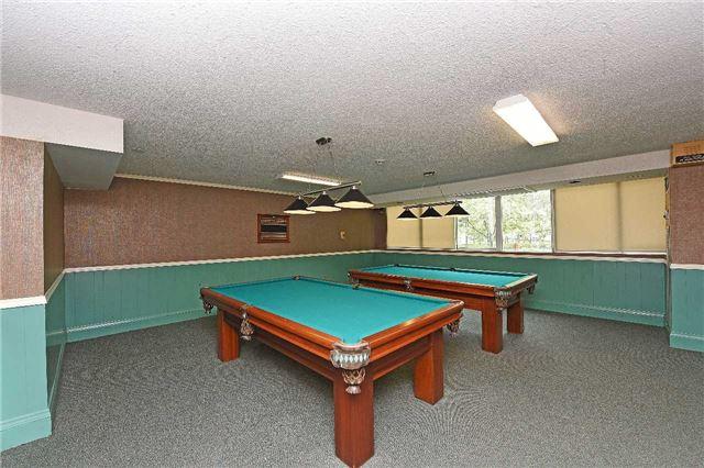 Condo Apartment at 3590 Kaneff Cres, Unit 605, Mississauga, Ontario. Image 5