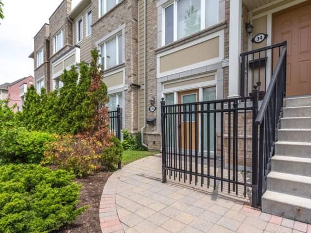 Condo Townhouse at 4965 Southampton Dr, Unit 35, Mississauga, Ontario. Image 8
