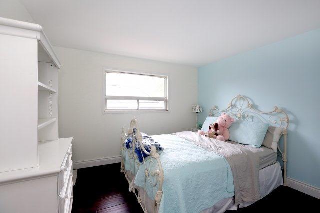 Detached at 5374 Linbrook Rd, Burlington, Ontario. Image 4