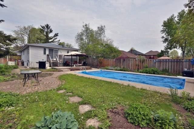 Detached at 5374 Linbrook Rd, Burlington, Ontario. Image 11