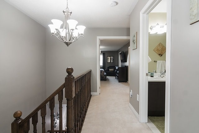 Townhouse at 6 Aspenview Ave, Caledon, Ontario. Image 4