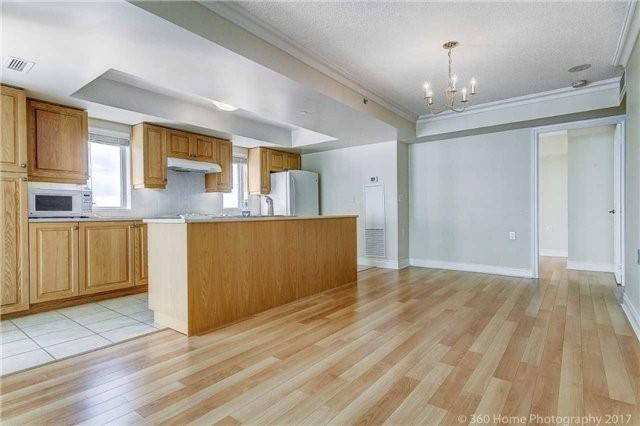 Condo Apartment at 3 Marine Parade Dr S, Unit 502, Toronto, Ontario. Image 13