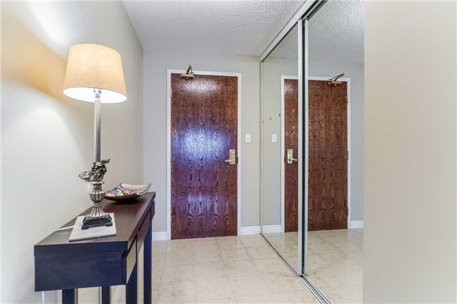 Condo Apartment at 156 Enfield Pl, Unit 2501, Mississauga, Ontario. Image 16