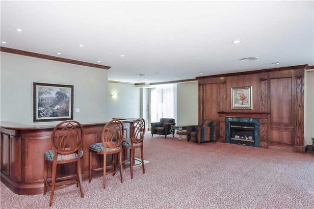 Condo Apartment at 156 Enfield Pl, Unit 2501, Mississauga, Ontario. Image 10
