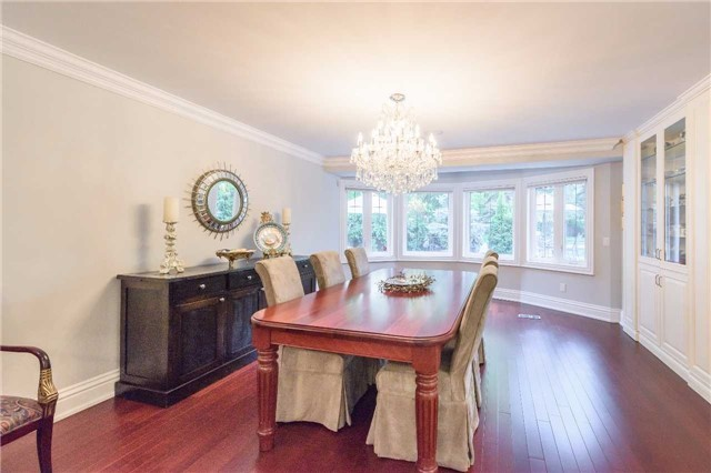 Detached at 853 Indian Rd, Mississauga, Ontario. Image 14