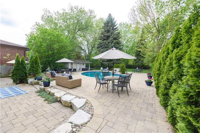 Detached at 853 Indian Rd, Mississauga, Ontario. Image 9