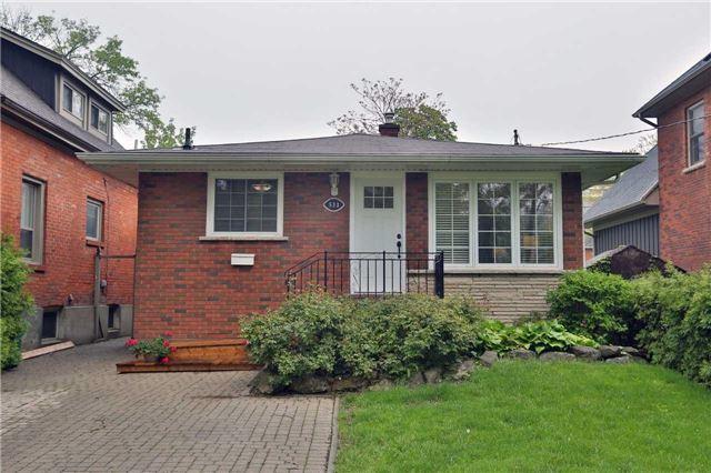 Detached at 533 Burlington Ave, Burlington, Ontario. Image 1
